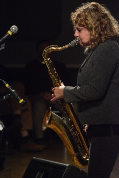 Karen Sharp performing at Fleet Jazz Club. Photograph courtesy of David Fisher (Aldershot, Farnham & Fleet Camera Club).