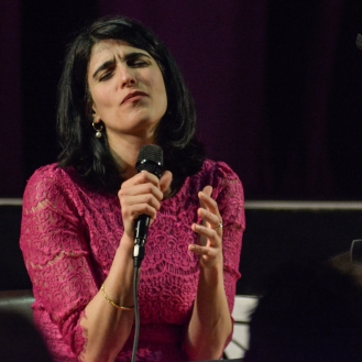 Sara Dowling performing at Fleet Jazz Club on 17th April 2018. Photograph courtesy of David Fisher from the Aldershot, Farnham & Fleet Camera Club.