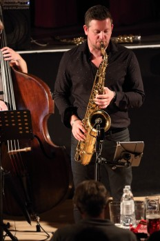 Paul Booth performing with the Janette Mason Trio at Fleet Jazz Club on 15th May 2018. Photograph courtesy of Ana Peiro from the Aldershot, Farnham & Fleet Camera Club.