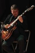 Nigel Price performing at Fleet Jazz Club on 18th September 2018. Photograph courtesy of Ana Peiro (Aldershot, Farnham & Fleet Camera Club)