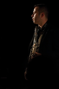 Vasilis Xenopulos performing at Fleet Jazz Club on 18th September 2018. Photograph courtesy of Ana Peiro (Aldershot, Farnham & Fleet Camera Club)