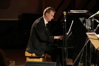 Alex Webb at Fleet Jazz on 15th Jan 2019. Image courtesy of Robert Rowley (Aldershot, Farnham and Fleet Camera Club).