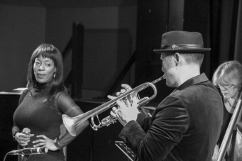 Deelee Dubé and Andy Davies performing at Fleet Jazz on 15th Jan 2019. Image courtesy of Robert Rowley (Aldershot, Farnham and Fleet Camera Club).